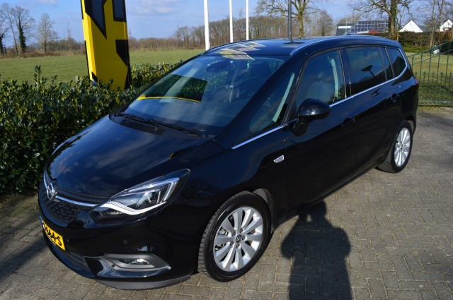 OPEL ZAFIRA 1.4 Turbo 103 kW Innovation LED/Navi/Camera 7P
